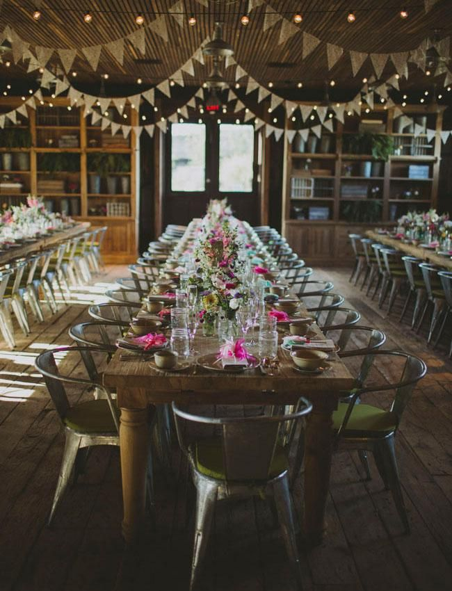 Photo by  With Love and Embers  via  Green Wedding Shoes