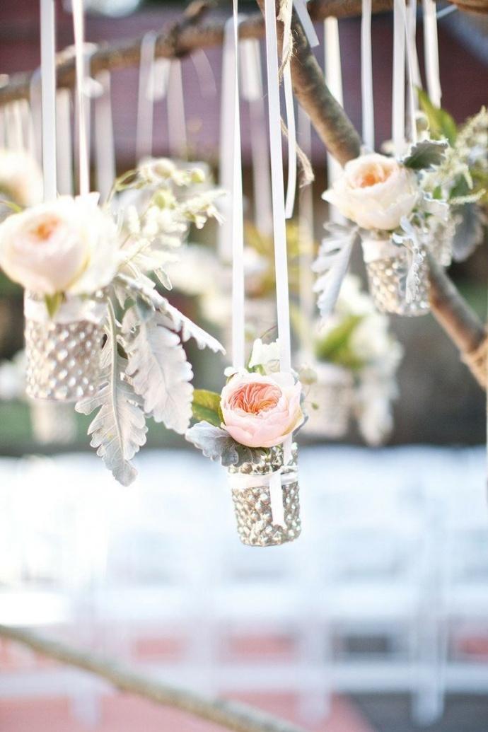 Photo by  Mod Wedding