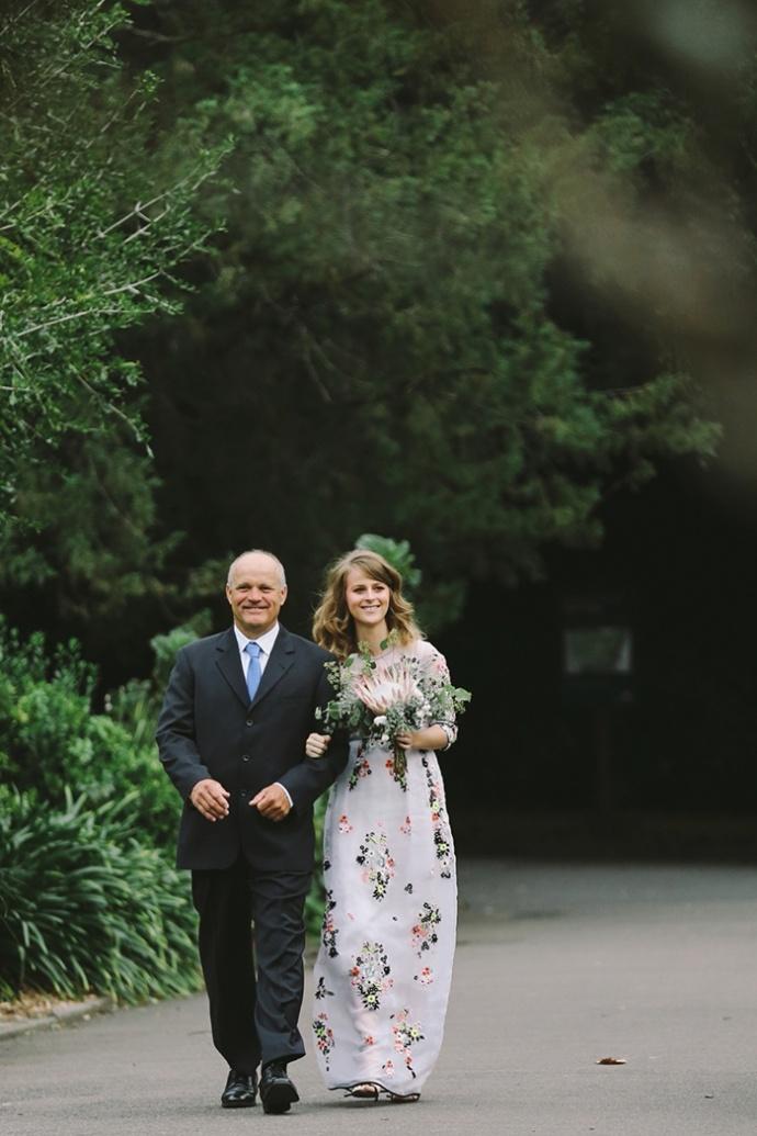 LaraHotzPhotography_Wedding_Sydney_Photographer_7472-690x1035.jpg