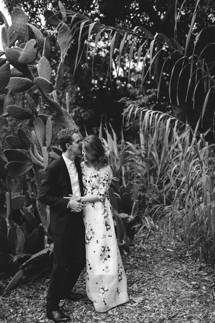 LaraHotzPhotography_Wedding_Sydney_Photographer_7548-690x1035.jpg
