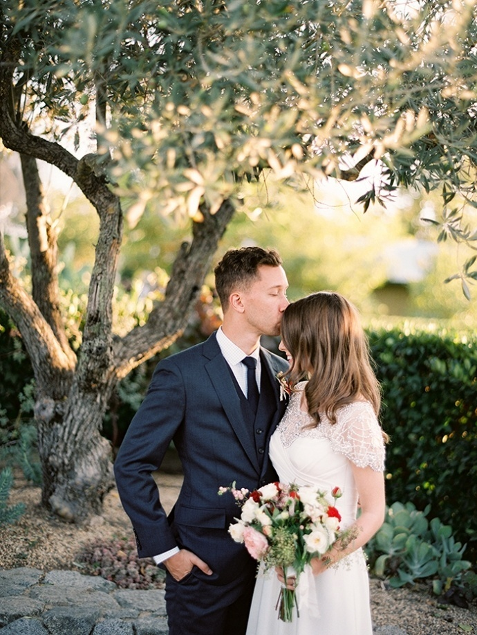 0375_Brandon-Grace_Fine_Art_Film_Photography_Destination_Wedding_Sonoma_California-690x917.jpg