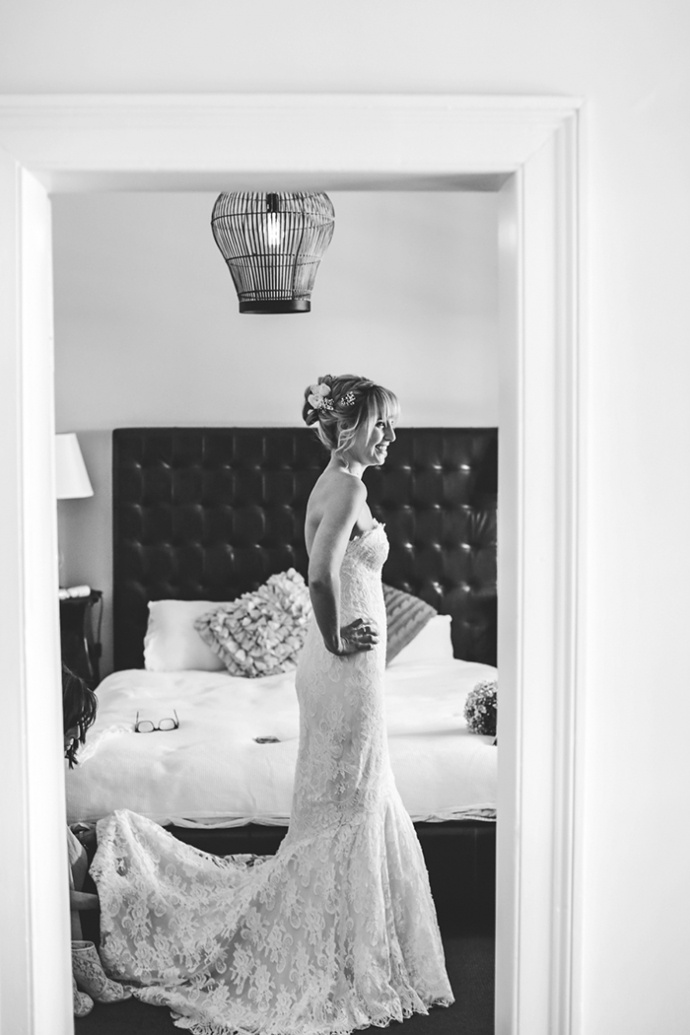 LaraHotzPhotography_Wedding_Sydney_Photographer_6648-690x1035.jpg