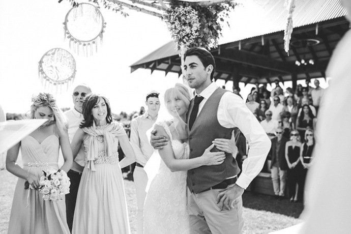 LaraHotzPhotography_Wedding_Sydney_Photographer_6832-690x460.jpg