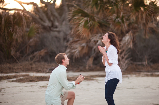 proposal, how to propose, engaged, marriage proposal, pop the question, beach engagement, proposal idea, proposal planning