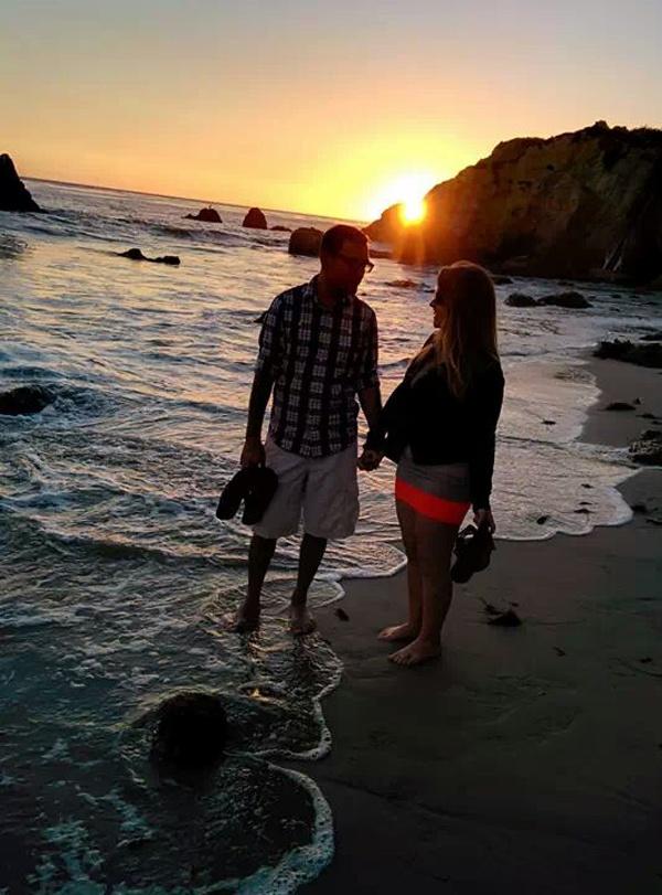 engagement photo vacation