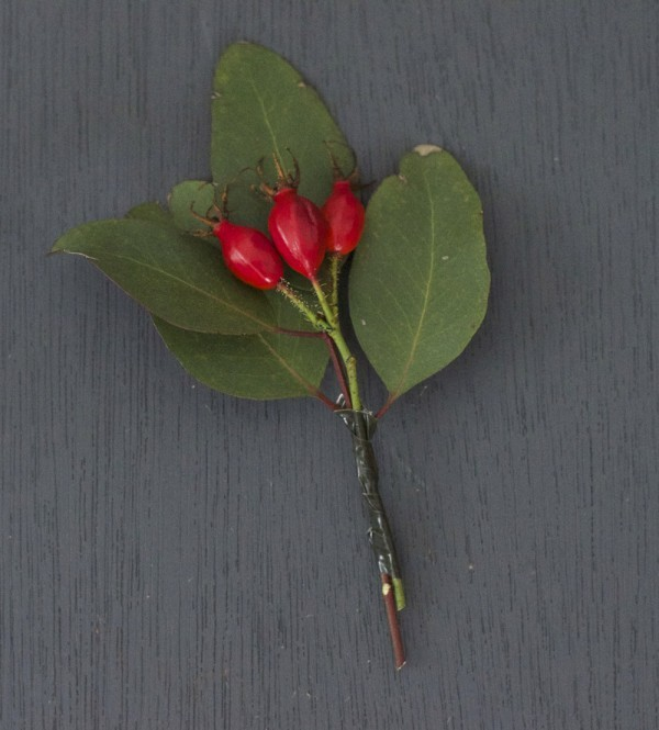 DIY autumn boutonniere