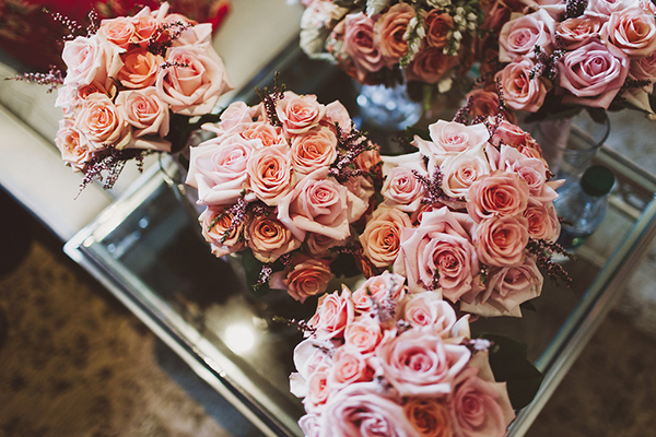 Beautiful pink rose bouquets with lavender