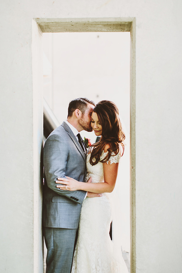 Beautiful and romantic bride and groom wedding photo