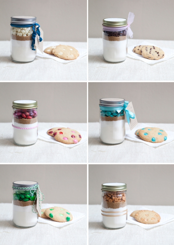 DIY Gift // Mini-mason jar cookie gifts