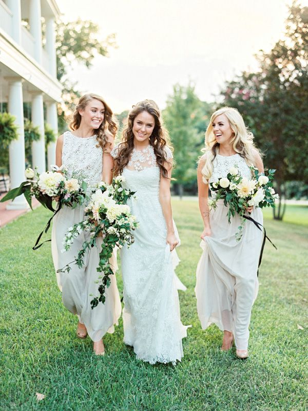 Photo by  Ryan Ray  via  Southern Weddings
