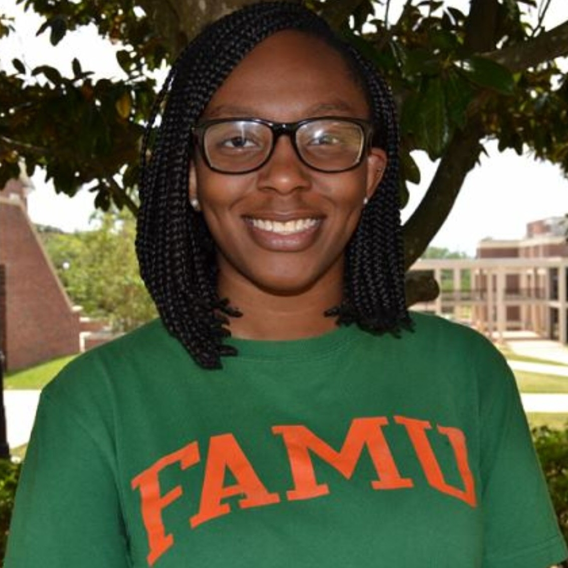 Chidinma Ogbenna   Doctor of Pharmacy Candidate, 2021  Florida Agricultural and Mechanical University  Born to Nigerian parents and raised in the beautiful city of Miami, Florida, Chidinma enjoys hanging out with her friends, all things science-related and spontaneous adventures. A lover of sushi and giving back to her community, Chidinma yearns to one day open her own independent pharmacy in the heart of her village in southeast Nigeria.