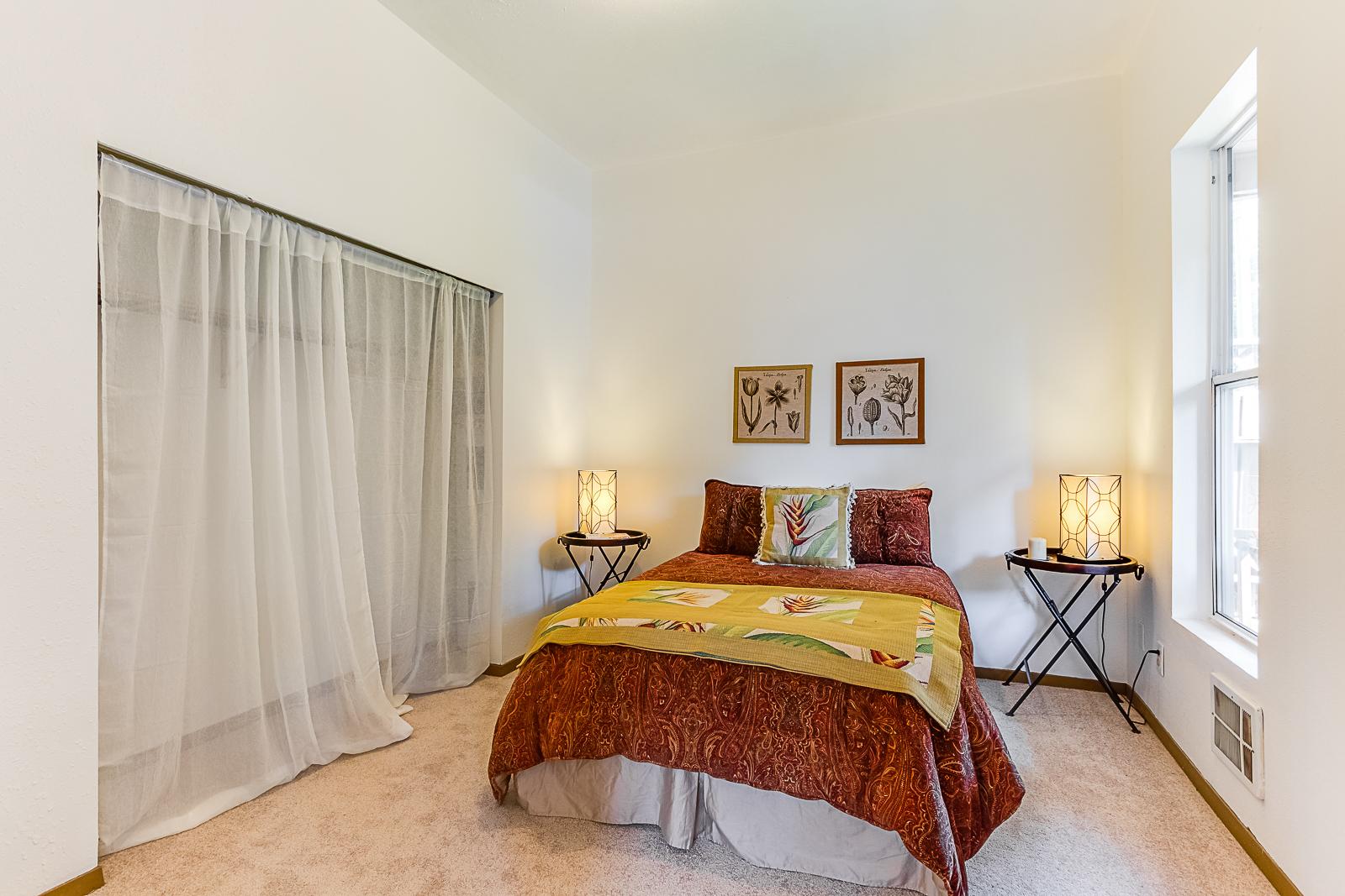 Bed2-7587-PRINTS.jpg