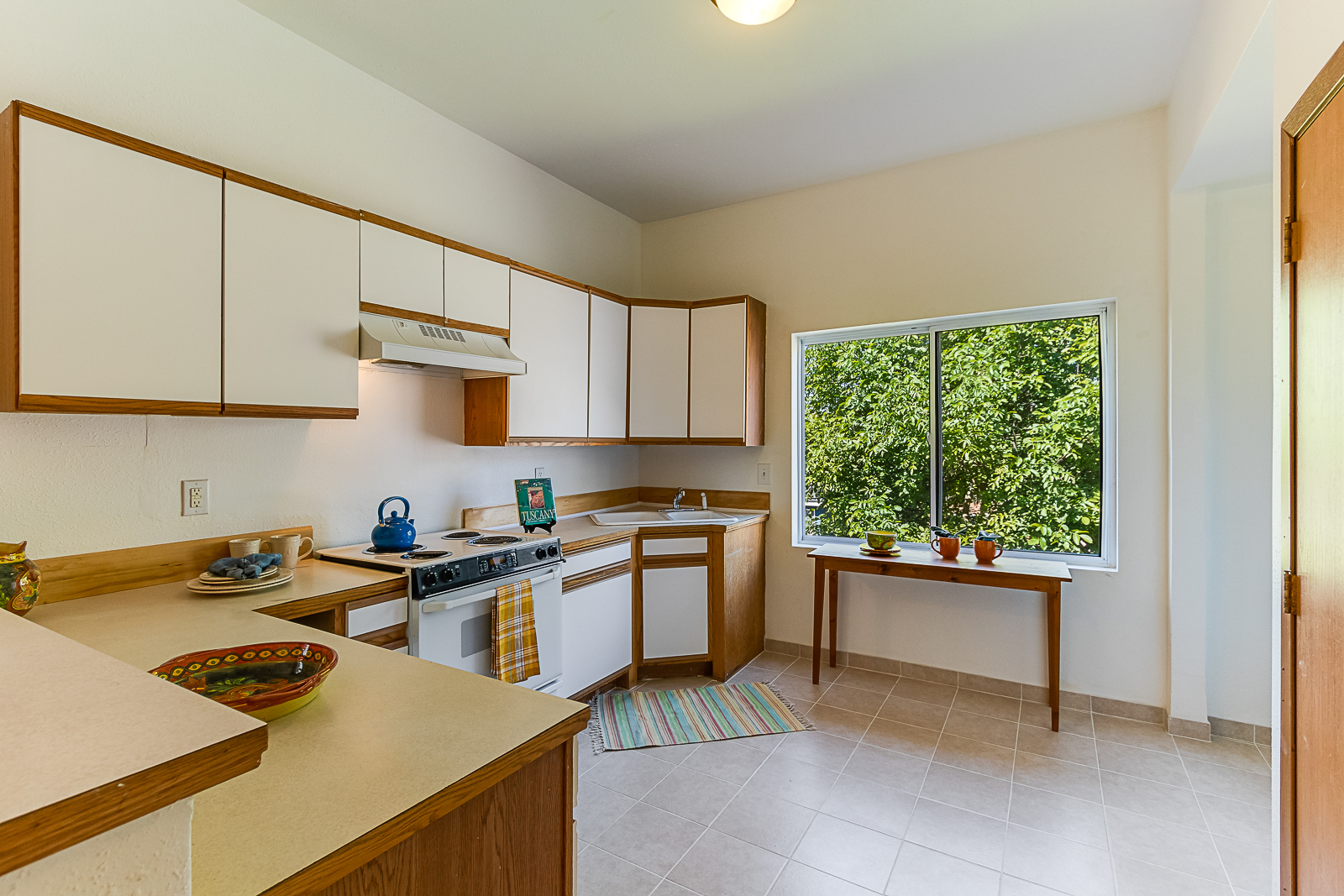 kitchen1-7572-PRINTS.jpg