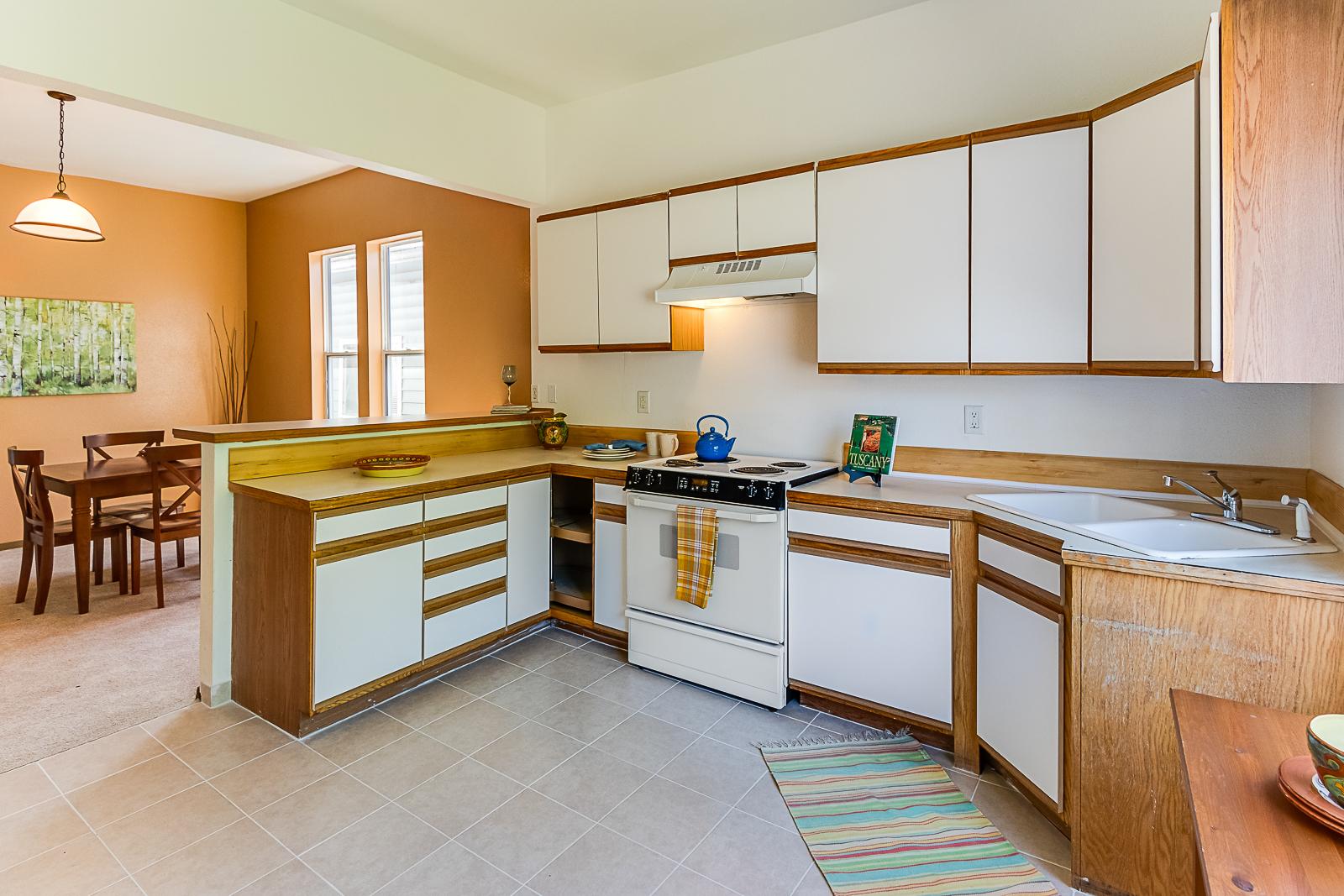 kitchenDining-7577-PRINTS.jpg