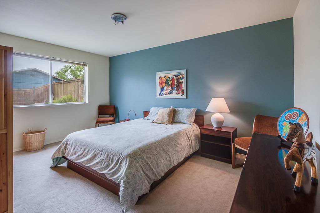 bed3-8152-MLS.jpg