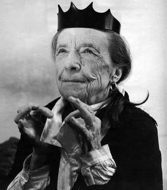 Louise Bourgeois was born today. We can't think of a better photo to herald in the festive season. Wishing everyone rest and love. Big thoughts for those who find this time of year complex. Thank you to everyone for the support this year. It's been incredible.