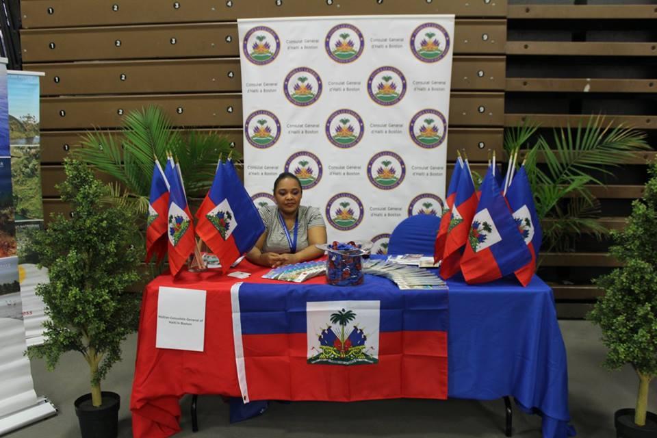 Haitian flags.jpg