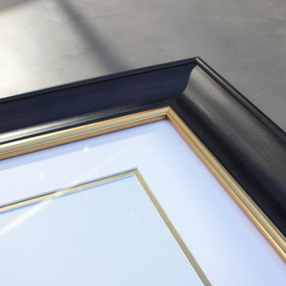Fine Quality - Our frames are hand-made by a team of experts ensuring a fine museum-quality finish.