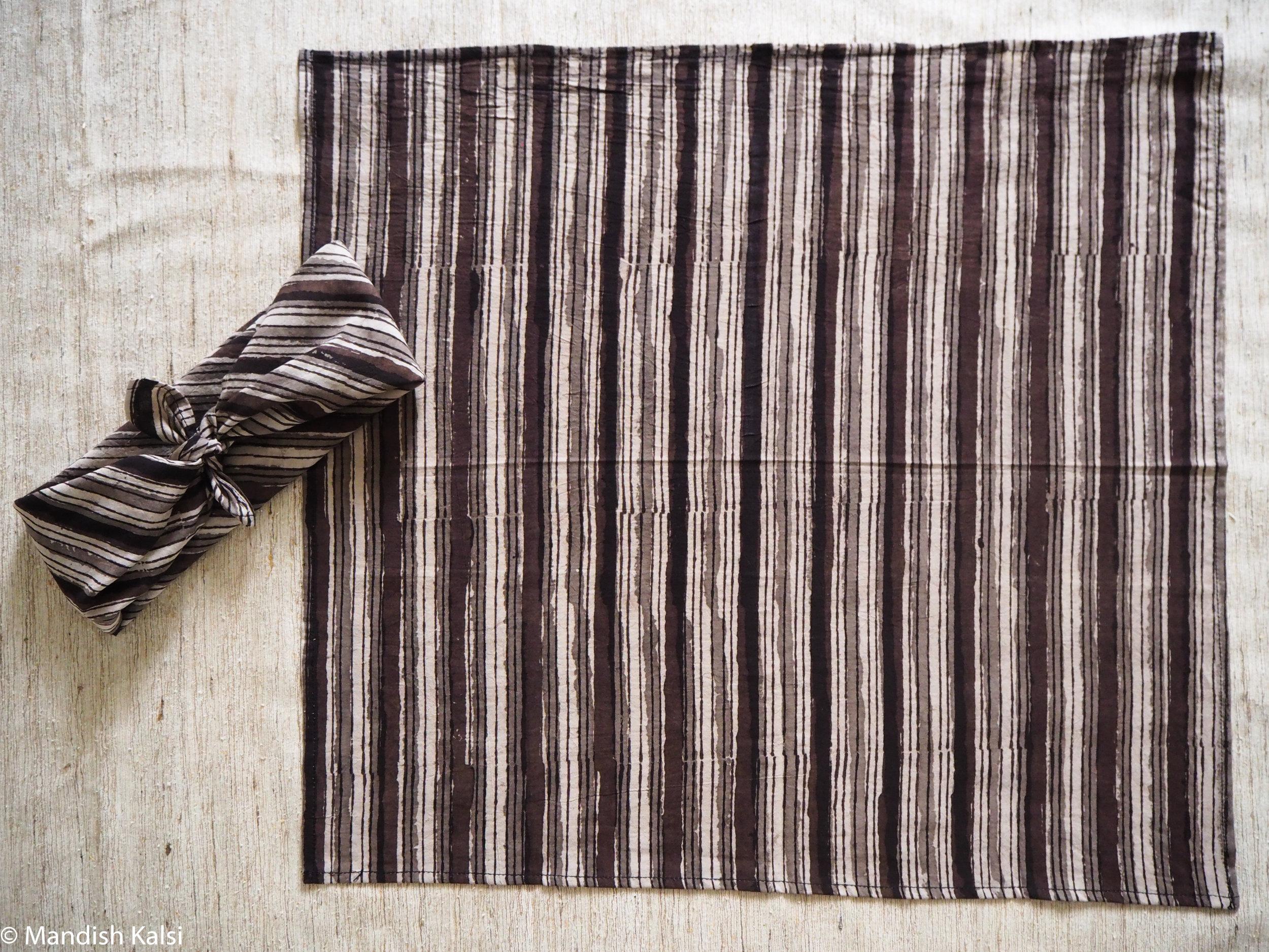 Layered monotone stripe print - Head scarf / Neckerchief
