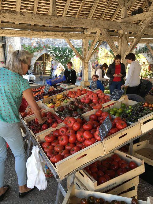 Farmer Market Dordogne Valley - what to see in dordogne