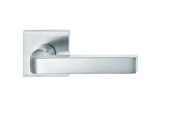 FL304 Lever Handle -