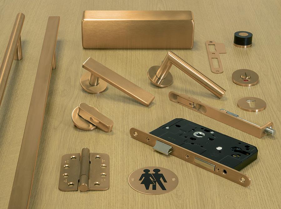 Bronze handles 11a.jpg
