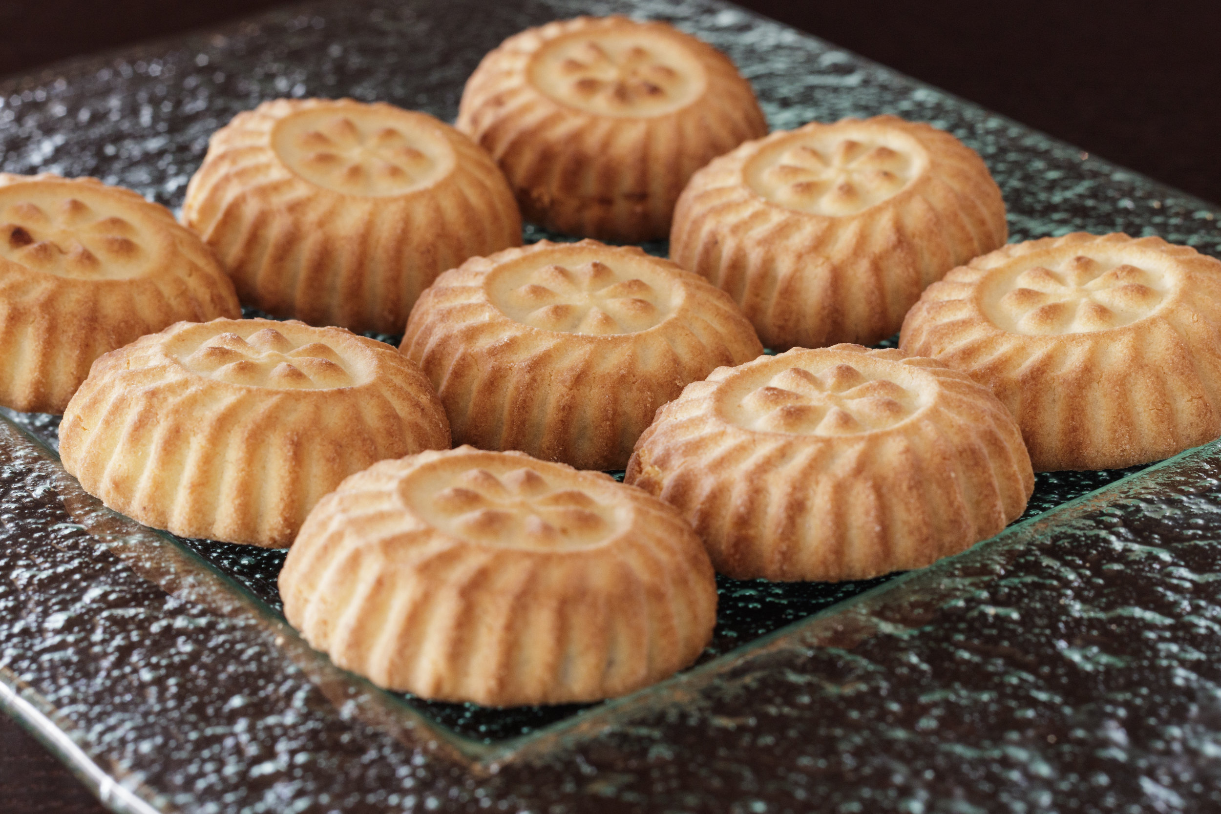 Traditional ArabianDelights - Best served with tea or coffee, maamoul (date cookies) are an all-time favourite both for special occasions or as a daily, nutritious snack.