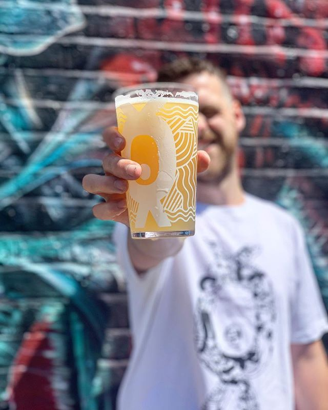 New on @hollertap today CHARGED with MOSAIC  The first in our single hop series. A super hazy IPA with Mosaic as the star giving this beer bright citrus and pine notes #mosaichops #ipa #hazyipa #hazyipasfordays #timeforbeer Heading to the @brightoncraftbeer #beerfestival this weekend? Breweries for days! #beermakesfriends #hollertaproom is just round the corner 🍻😊🍻☀️