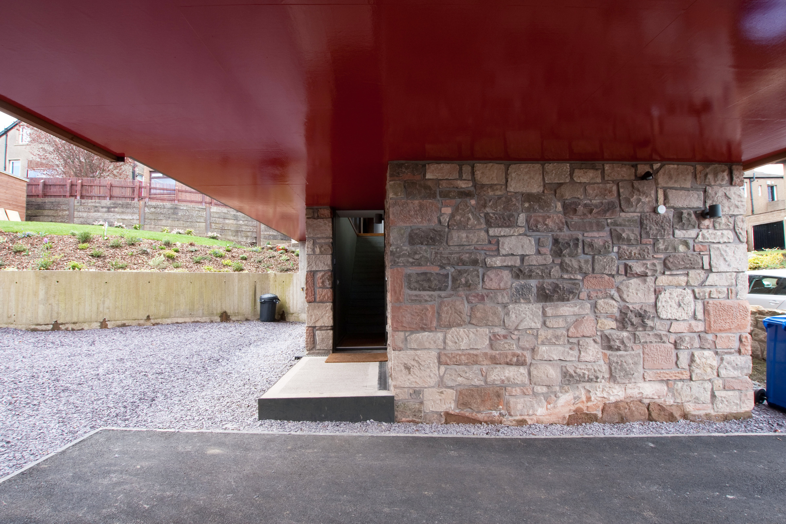 resized entrance porte cochere.jpg
