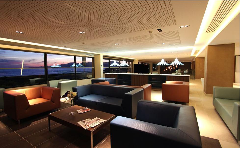 A straight lines lounge - // Lounge épuré et contemporain