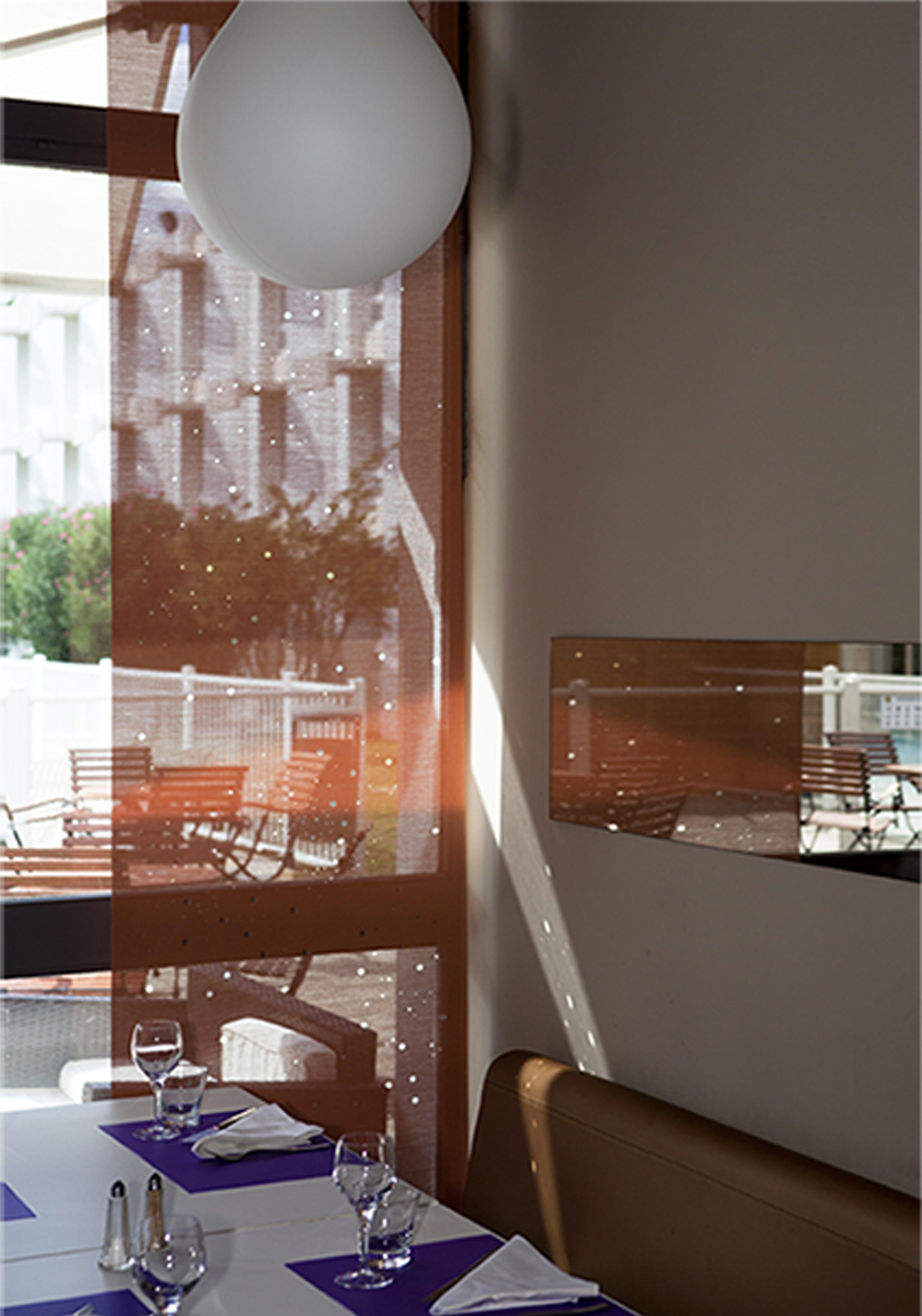 Graphic light -