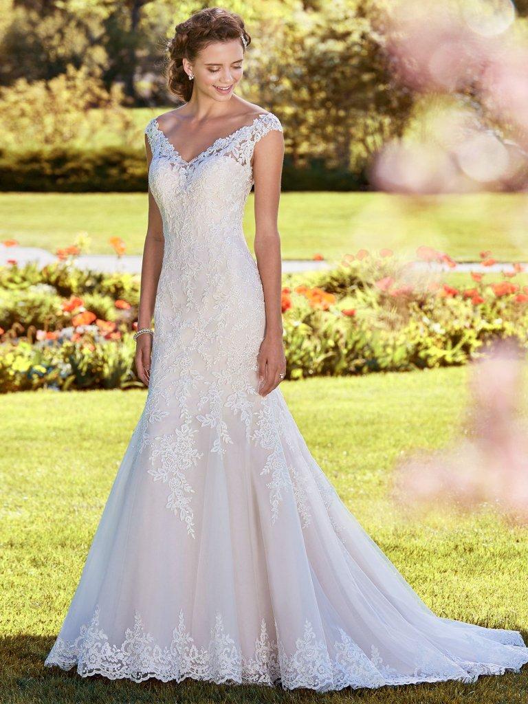Rebecca-Ingram-Wedding-Dress-Nancy-8RS539-Alt1.jpg