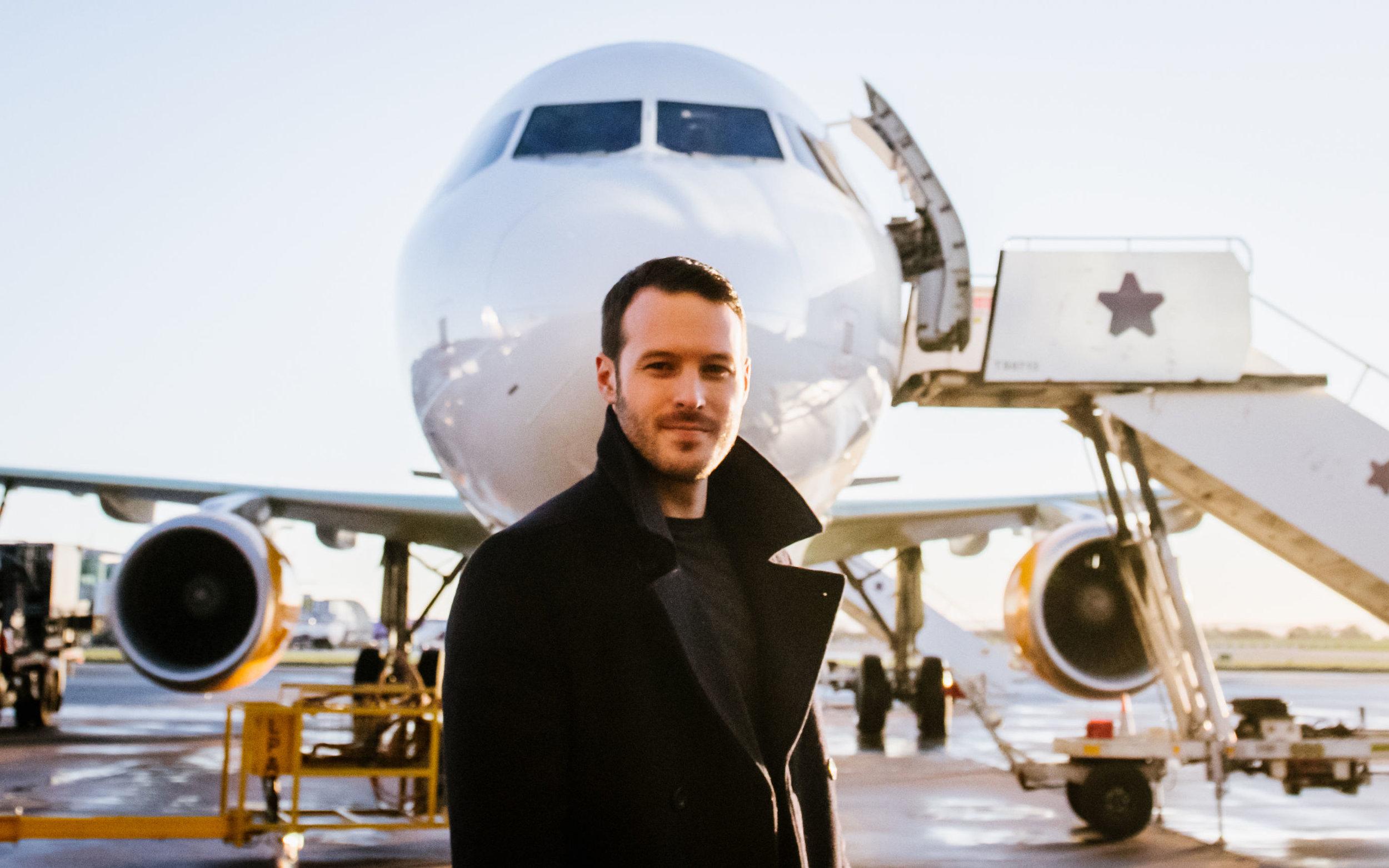 Aaron Calvert - Thomas Cook Airlines 2.jpg