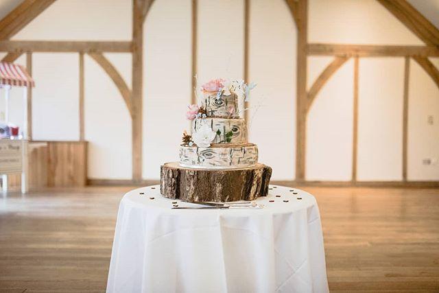 Let them eat cake. 🎂 . . . . . #weddingcake #sandburnhallwedding #yorkwedding #yorkweddingphotographer #yorkshireweddings #photographer #photographyjourney #photography