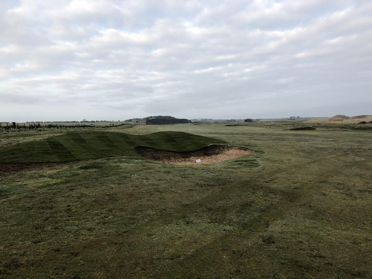 14th fiarway bunker1.jpg