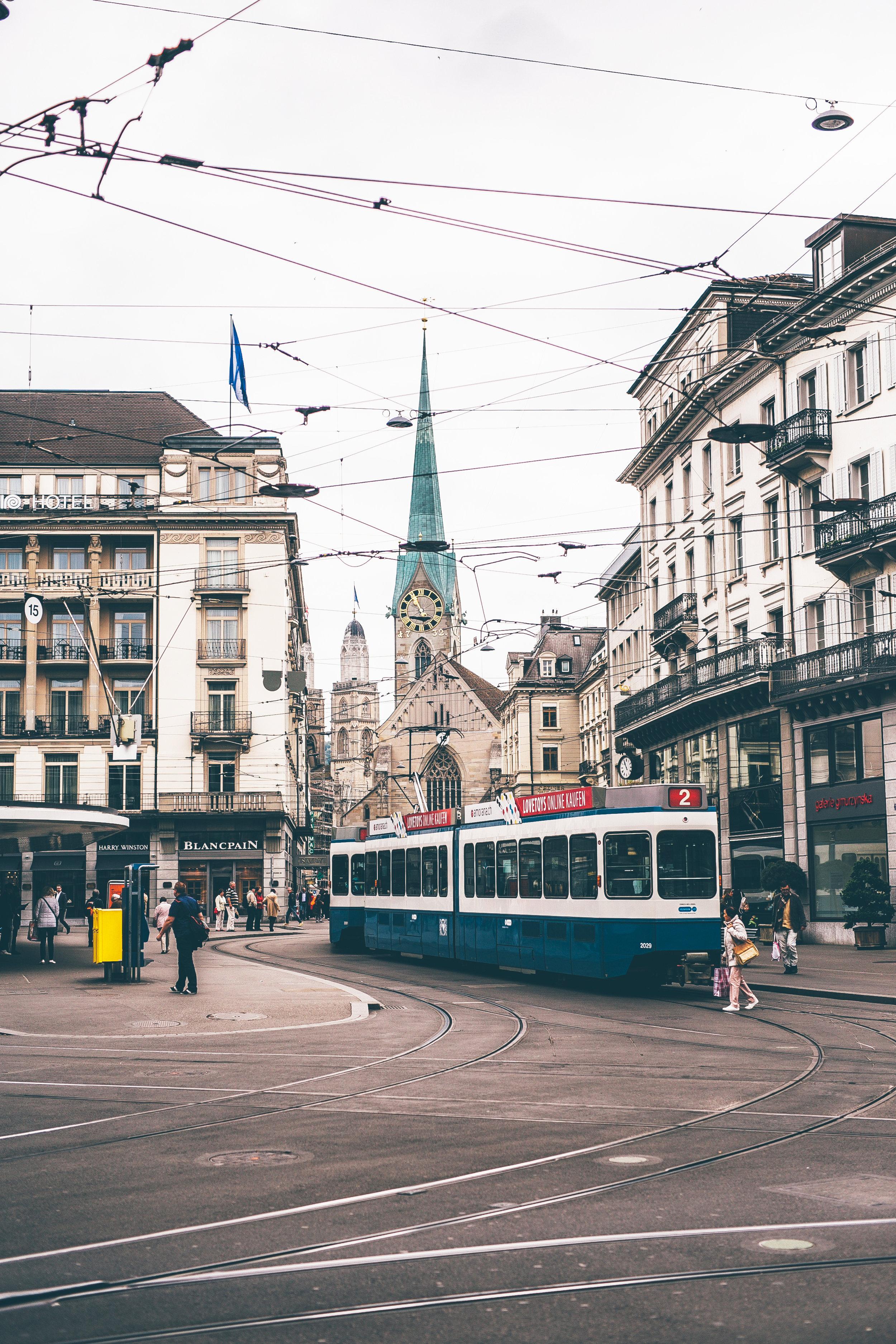 Zurich_city_015.jpg