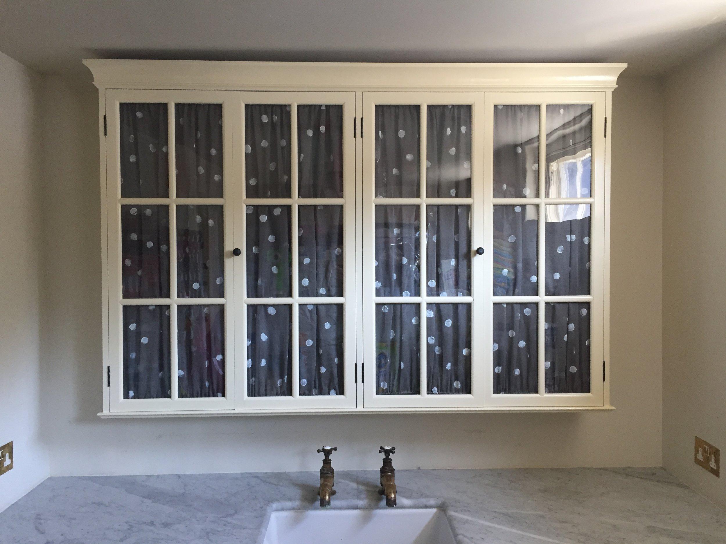 Lutyens Cabinet