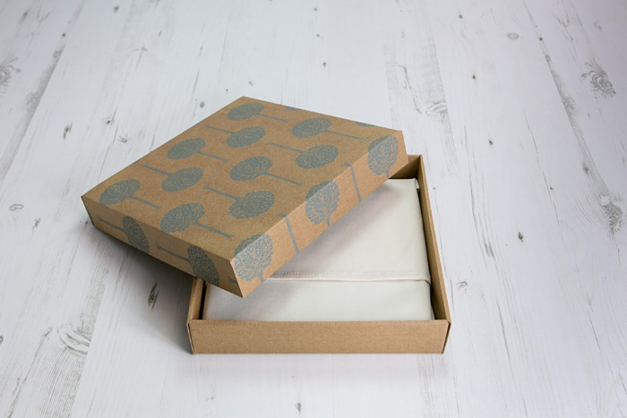 Packaging_Fine_Art_Album_002-700x467.jpg