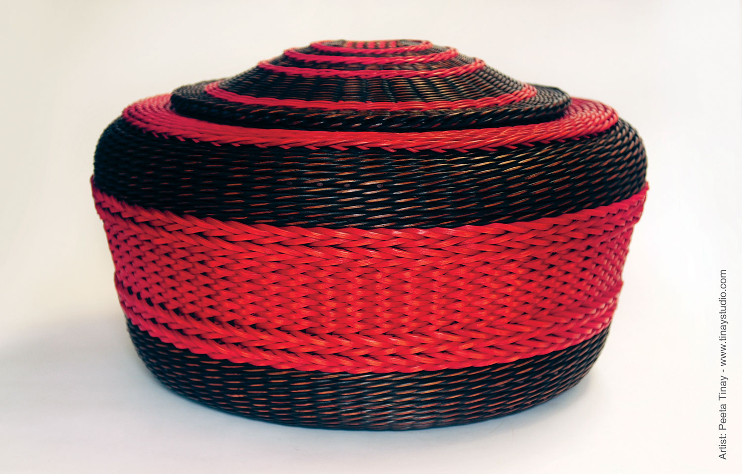 Peeta-Tinay-red-brown-lidded-basket.jpg