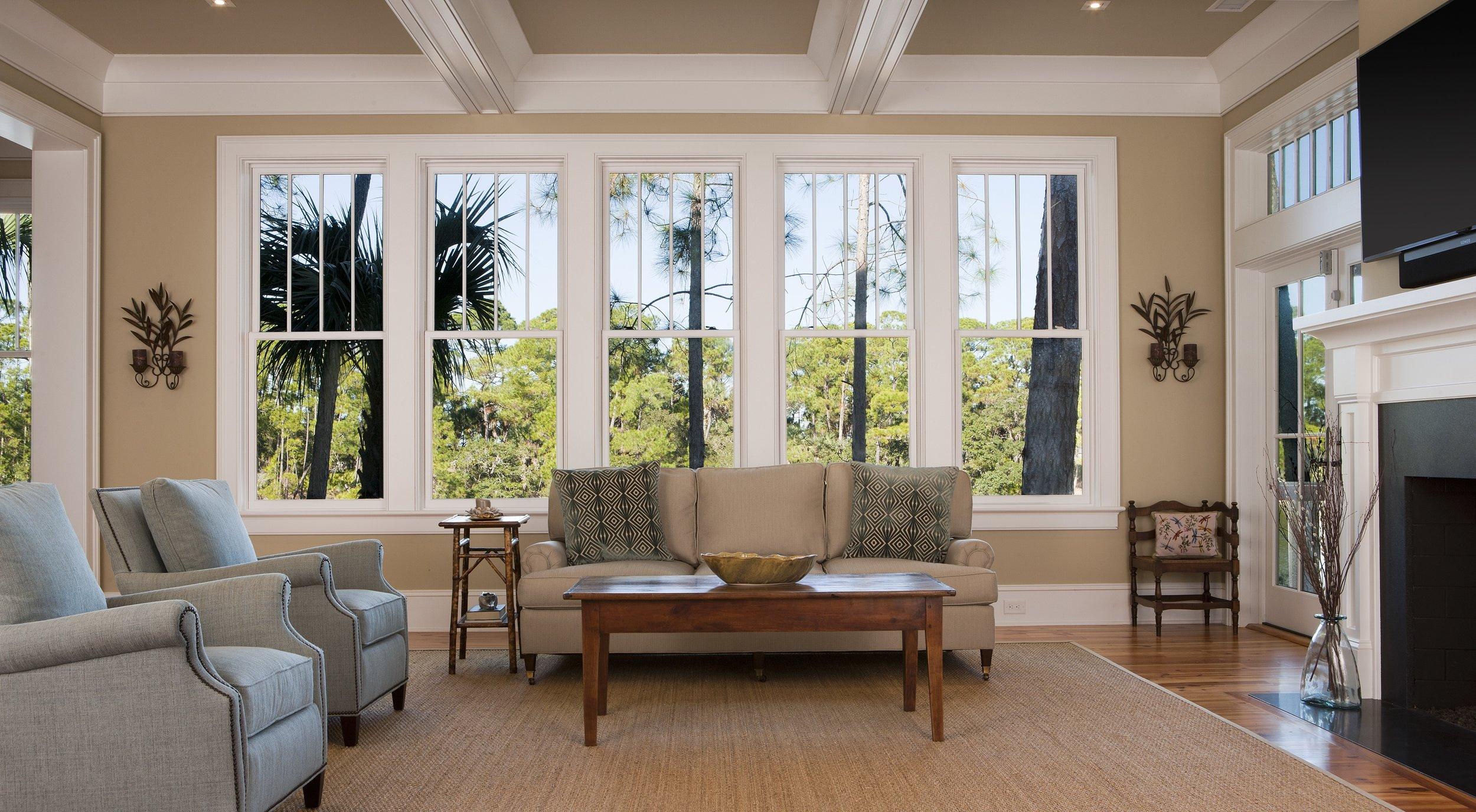 8 Hayn Livingroom 01.jpg