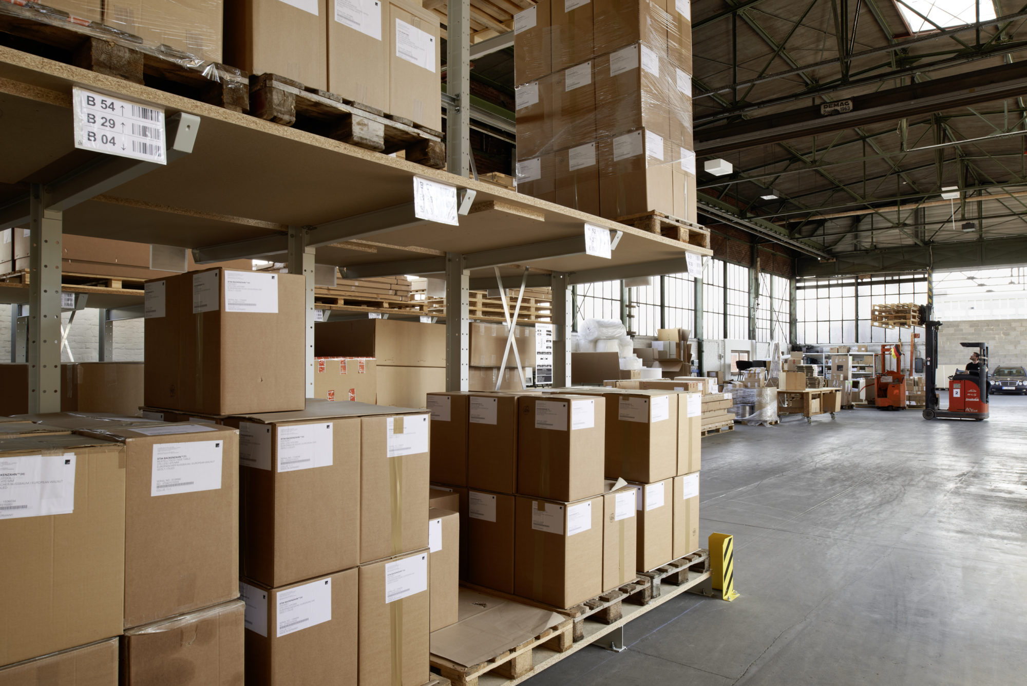 E15_Logistics-2000x1335.jpg