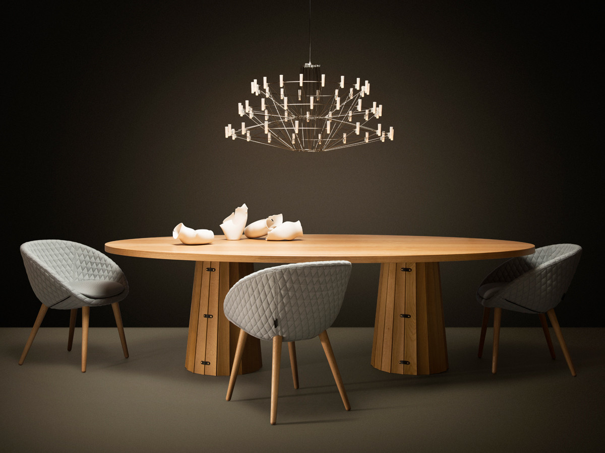 Moooi-Coppelia-Suspension-Light--dining-lifestyle.jpg