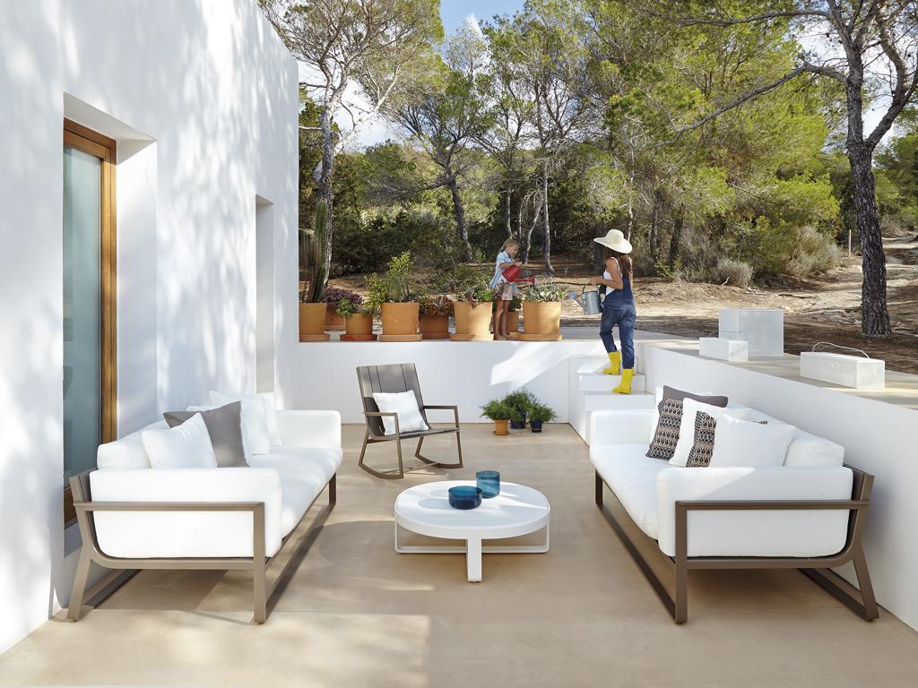 flat-muebles-de-exterior-de-diseno-slider-4.jpg
