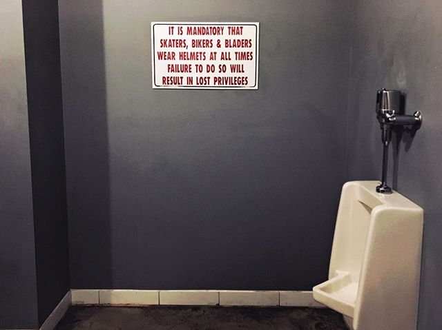 Safest #bathroom around . . #safetyfirstkids #bathroomsaredangerous #protectyourhead #wearabucket #urinal #beeroclock #brokenseal #safety #iphone6s #priime_nostalgia . . . =================================== #winnipeg #ywg #downtown #pegcity #fortheloveofwinnipeg #fromhearandaway