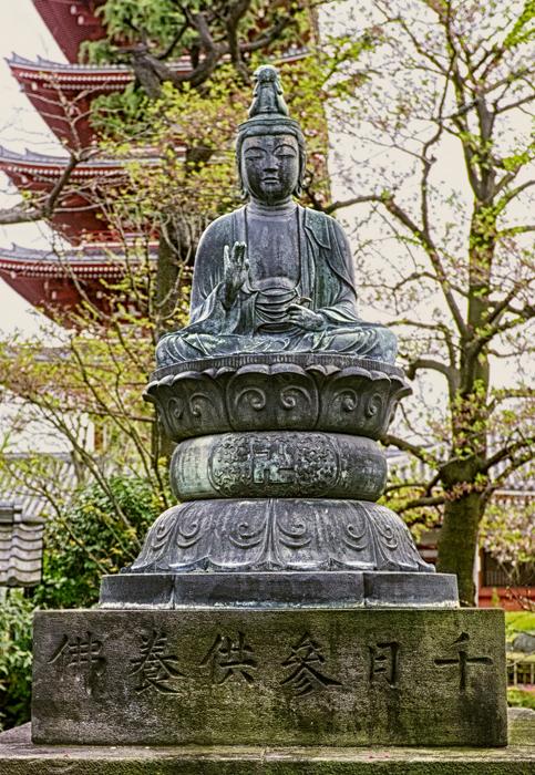 Buddha2_HDRcrop6x9TopazRestyFinal.jpg
