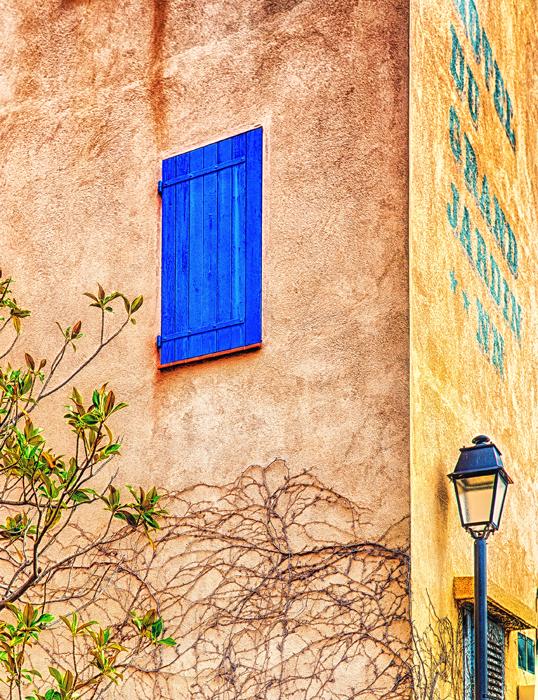 Arles1-_HDRDxodeNoiseFinal.jpg