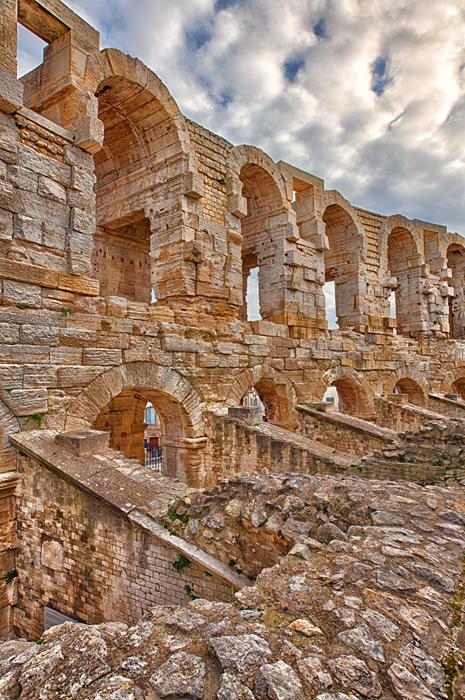 Arles12_HDRColorefexSh.jpg
