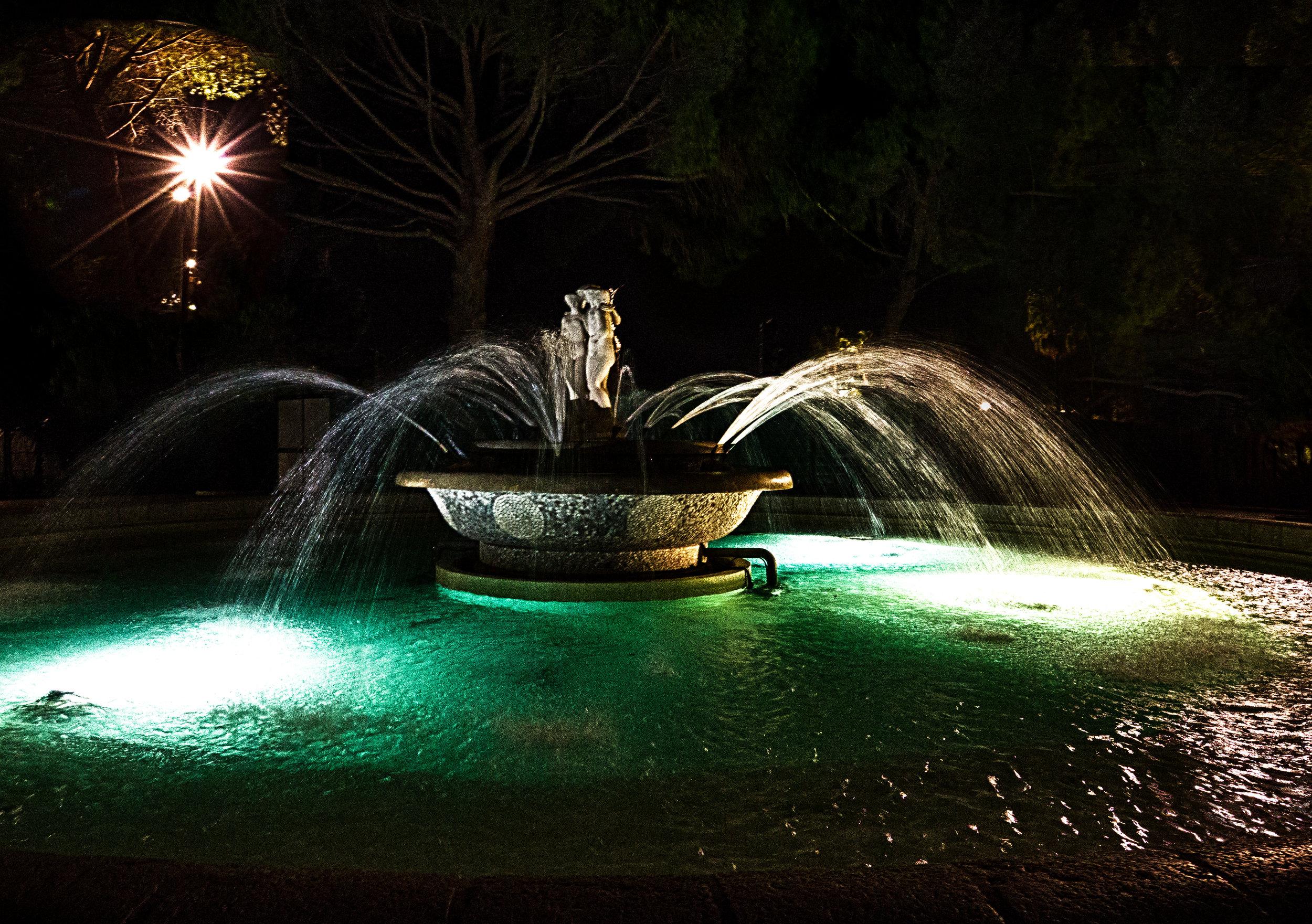 Nice Fountain_HDR.jpg
