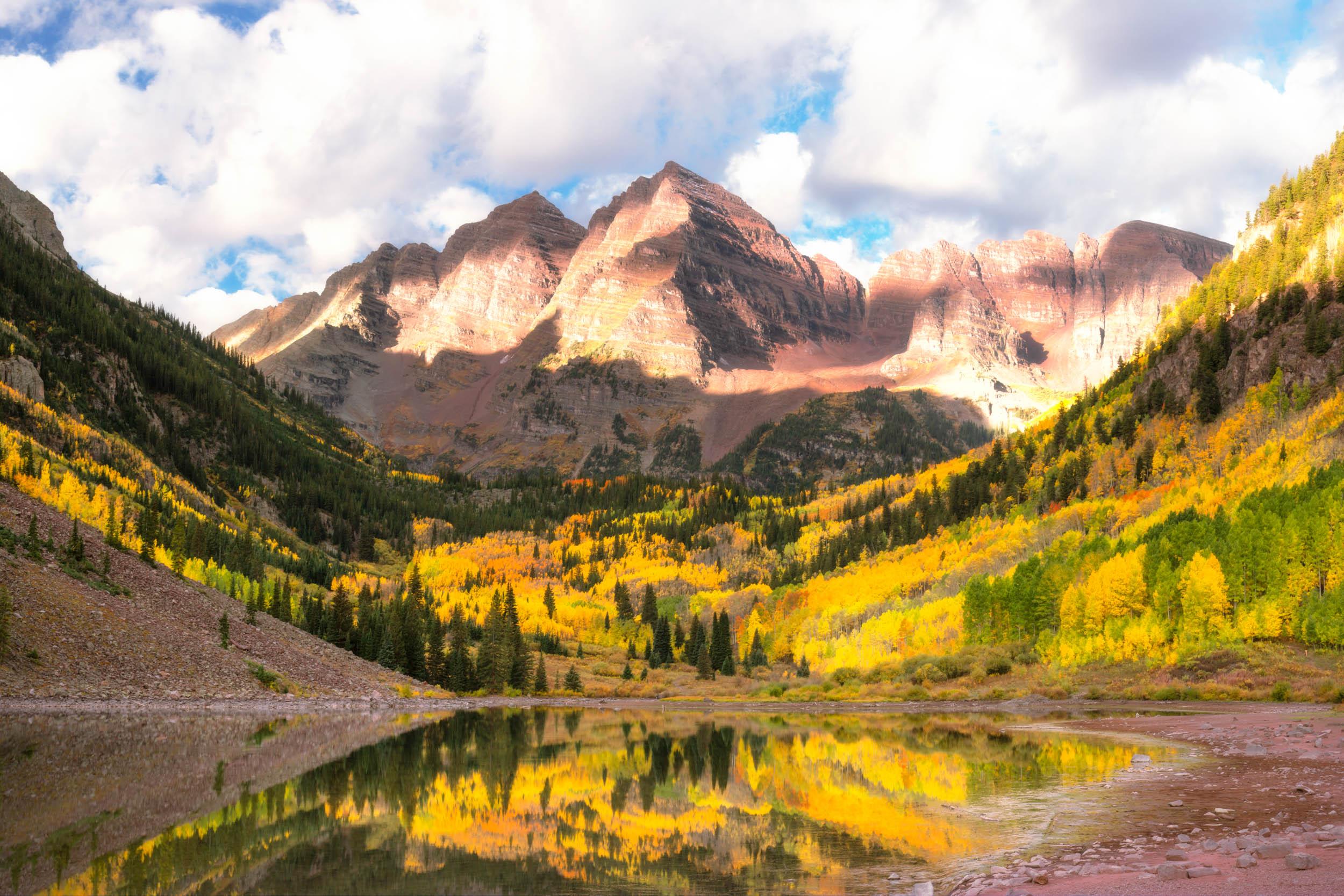 maroon-bells-colorado-aspen.jpg