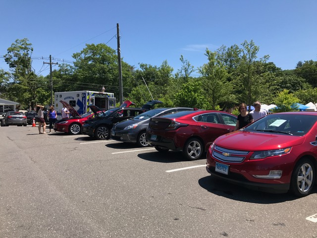From Toyota to Tesla, attendees could check out a range of hybrid cars.